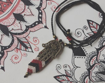 Macrame necklace Hamsa: hand of Fatima