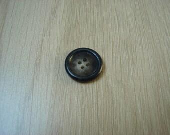marbled Brown round button