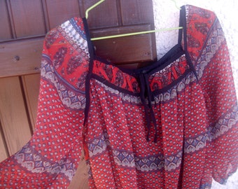 BOHEMIAN VINTAGE * 80s tunic top
