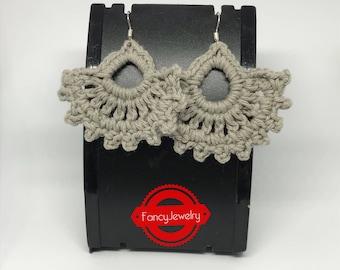Grey crochet earrings made of 100% cotton