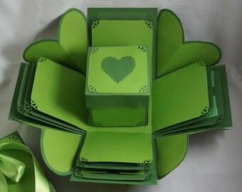 Green 'I Heart You' Exploding Gift Box - Explosion Gift Box - Valentine Gift - Anniversary Gift - Photo Album - Gift For Partner