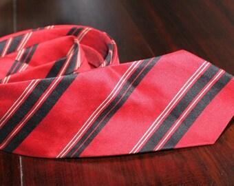 Vintage 1950s 60s Skinny Tie Red Black White Stripe Mod Men Mad Dandy