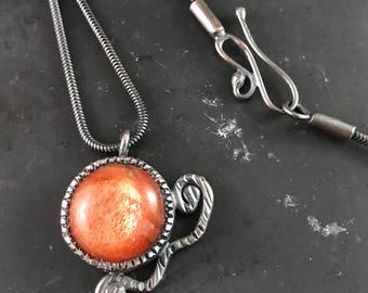 Feldspar variety Sunstone Necklace