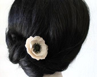 White Poppy hair pin - Red Poppy Hair Flowers, Poppies for Hair Wedding Hair Accessory pin, Blue Bridal hair pins