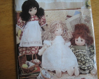 Vogue Doll Collection Pattern P618 LINDA CARR Rag Doll & Clothes     2001      Uncut