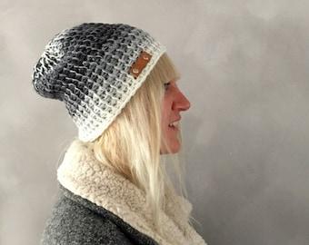 Graue Mütze, Ombre grau weiß Mens häkeln Beanie Womens Wintermütze, Womens Geschenk, Weihnachtsgeschenk, Modeaccessoires, Geschenk für sie, für ihn