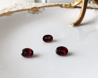 Mozambique Garnet - Set of 3, January Birthstone, Loose Gemstones, Earrings, Pendant, Jewelry Making, Collectible, Supply, Gift:  LJG-333