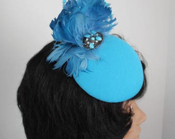 Turquoise Fascinator, Turquoise Headpiece, Blue Hair Accessory, Bridal Shower Fasciantor, Garden Party Hat, Blue Hat, Blue Fascinator