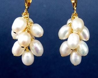 White Pearl Cluster Clip On Earrings, Bridal Clipons, Gold Clip Earrings, Freshwater Pearl Dangle Clip-ons, Handmade, Frances