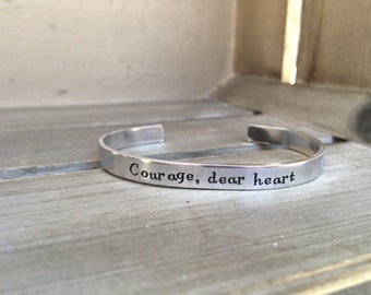 Courage, Dear Heart / Narnia / Aslan / C.S. Lewis / Literary Gift / Encouragement Gift / Mantra Bracelet / Gift for Her / Bookworm Gift