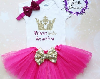 Personalized Princess Baby Outfit, Newborn Outfit, Baby Girl Gift, Baby Girl Outfit, Crown Shirt, Princess Bodysuit, Princess Outfit, Baby