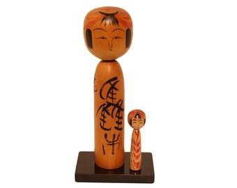 japanese kokeshi doll, vintage kokeshi,  wooden japan figurine, folk craft figurine, gift kokeshi, kokeshi on stand, kokeshi addiction, cute