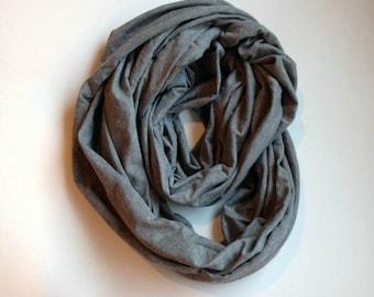 Nursing Infinity Scarf - Grey