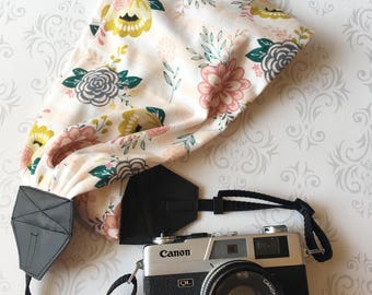 Scarf Camera Strap, DSLR Camera Strap, Soft and Silky, Nikon, Canon, DSLR Photography,  Photographer Gift - Striped Peach Floral