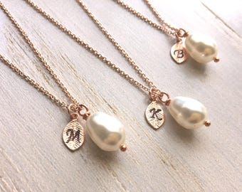 Rose Gold Pearl Necklace, Teardrop Pearl Necklace, Bridesmaid's Necklace, Personalized Pearl Necklace, Bridesmaids gifts, Hand Stamped
