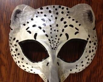 Leopard mask or snow leopard mask