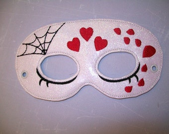 Child's Mask - Day of the Dead - Hearts - White glitter vinyl