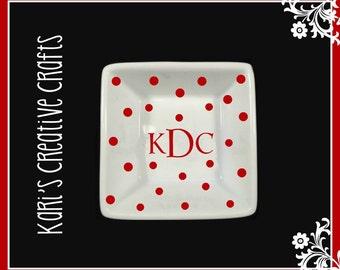 Monogrammed Ring Dish, Monogrammed Jewelry Holder, Engagement Ring Dish, Wedding Ring Dish, Custom Dish, Bridal Gift, Anniversary gift