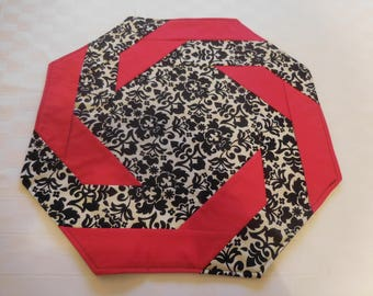 Octagon Table Topper