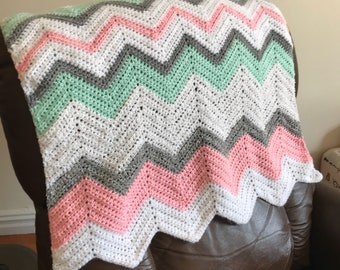 Chevron Crochet Baby Blanket - Girl