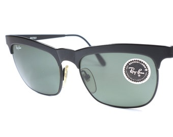 Vintage Ray Ban B&L W0757 square sunglasses with black frame and gray lenses / 80's Ray Ban sunglasses