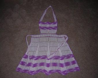 VINTAGE Crochet Apron