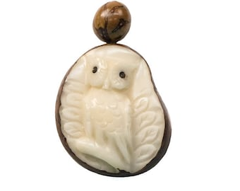 Tagua Nut Necklace: Owl (1153-N342) P13