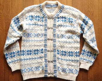 Vintage 1960s Blue and Ivory Norwegian Nordic Cardigan