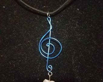 Blue wire music note necklace