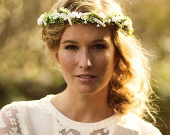 Natural flower crown white green
