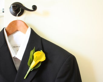 Real Touch Yellow Calla Lily Boutonniere with Leaf Accents for Weddings