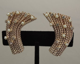 Signed Bergere Twisted Gold Tone Earrings with Rhinestones and Faux Pearls 1950s