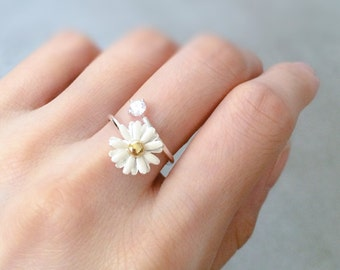 White Daisy Ring. White Wedding Flower Ring. Engagement Ring. White Daisy and CZ Ring. Adjustable Ring.