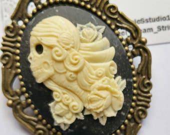 Day of the Dead Cameo Brooch pin Día de Muertos pin jewelry