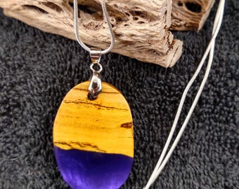 Purple wood and resin necklace