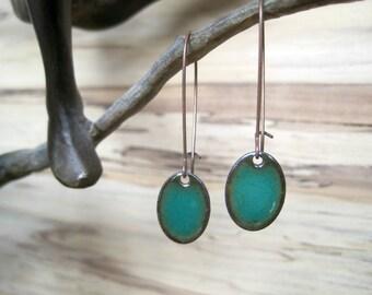 Emerald Green Oval Dangle Earrings, Oval Drop Earrings, Copper Enamel, Green Jewelry, Green Chandelier Earrings
