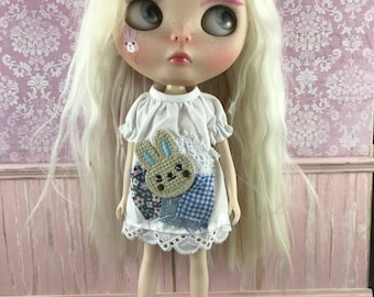 Blythe Smock Top - Bunny with Shabby Patches