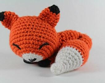 Sleepy Fox Amigurumi