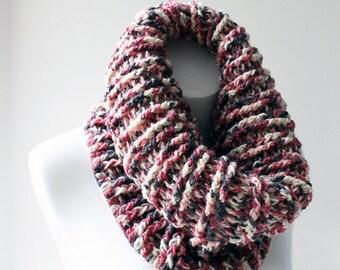 Women's wool Cowl