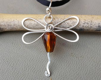 Dragonfly In Amber Glass Bead Pendant, Dragonfly Necklace, Dragonfly Jewelry Outlander Book Lover Gift for Her, Girls Jewelry, Women