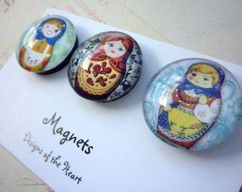 Round Glass Magnet set - Russian Babushka Dolls