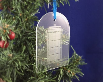 Hand Etched Glass Ornament - Doctor Who inspired (TARDIS arch)