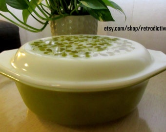 Pyrex Verde Green Olives Oval Cinderella Casserole Dish with Lid 1.5Qt 043