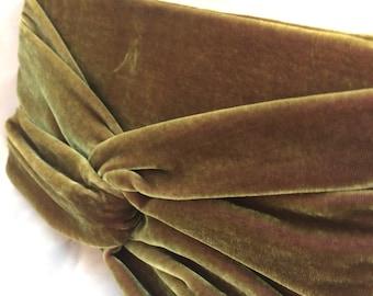 Moss Green Velvet Clutch Purse with Twist Detail