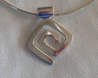 SILPADA Sterling Silver Geometric Maze Pendant on Silpada Chain