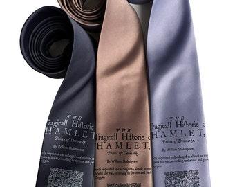 Hamlet Necktie. Shakespeare Book Print men's tie. Literature gift, English teacher, theater, writer, bookworm, author, reading gift.