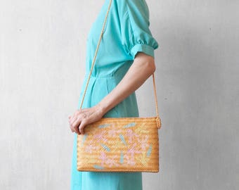 straw shoulder bag / straw pochette bag / salmon bag / peach straw handbag / hand painted bag / 80s bag
