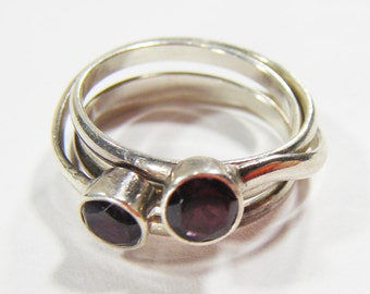 Vintage Silver 925 Quadruple Ring w/ Purple Rhinestone Size 7.5