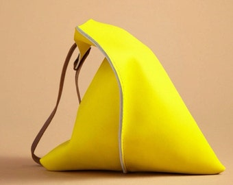 16in Wedge - Lemon yellow leather