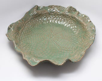 Large Handmade Wavy Lace Textured Bowl in Green